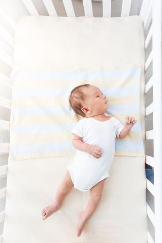 Riskli bebek olarak tanımlanan ve çeşitli nedenlerden dolayı engelli olma riski taşıyan bebeklerde erken dönemde başlanan fizyoterapi büyük önem taşıyor. 0-6 ay arasındaki riskli bebeklere yapılan Prechtl Analizi ile oluşabilecek engellilik durumları önlenebilmekte veya engel seviyesini azaltmak mümkün. 37. doğum haftasından önce prematüre doğan ve düşük ağırlıkta doğan, uzun süre kuvözde kalmış, beyin kanaması, solunum ve kalp problemleri gibi doğum öncesi, doğum sırası ve doğum sonrasında yaşanan çeşitli
