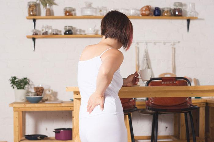 Ev hanımlarını ağrılardan koruyan 14 önlem