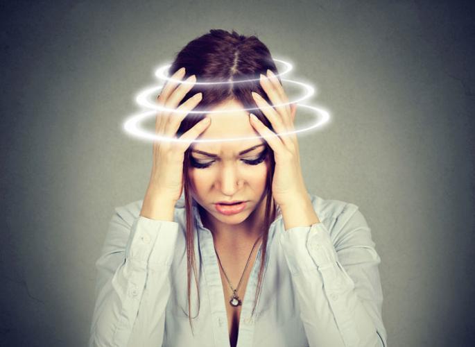Vertigonun nedeni çok! Stres bile başımızı döndürebiliyor