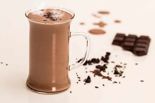 Sıcak çikolata ile kilo almadan mutluluğunuzu katlayın
