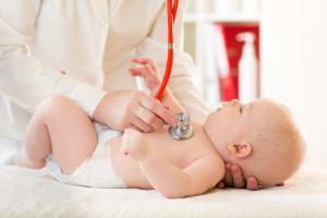 Bebeklerde kapalı kasık fıtığı ameliyatın 7 önemli yararı