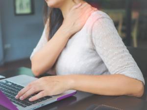 Sağlıklı bir yaşam için masa başı egzersizlerine 5 dakikanızı ayırın